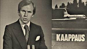 Kari Toivonen lukee uutista Aeroflotin matkustajakoneen kaappauksesta Suomeen heinäkuussa 1977.