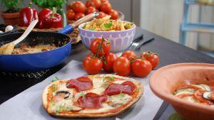 Tomatpizza med bresaola.