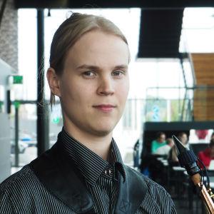Saksofonisti Perttu Nurkka.
