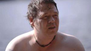 Tony på stranden