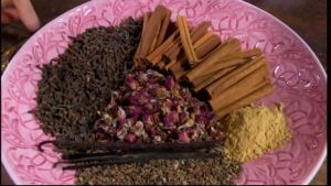 En vacker palett med doftande kryddor