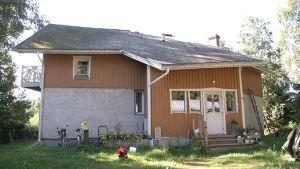 Pentti Okkonens hus i ekobyn.
