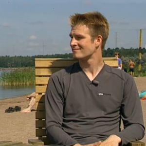 Darude eli Ville Virtanen Hietsun rannalla.