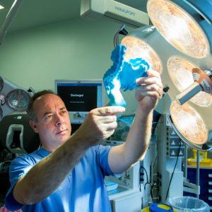 Kirurgiprofessorn och forskaren J Calvin Coffey vid University Hospital Limerick