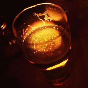 Lasillinen alkoholia