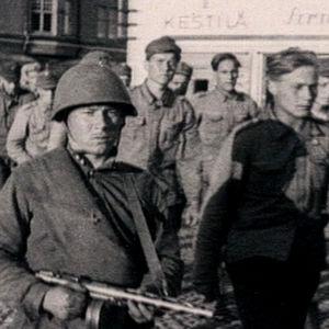 Suomalaisia sotavankeja jatkosodan aikana.
