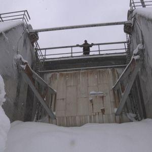 Talvella Palokin voimalaitoksen padolla