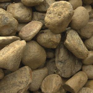 Stenar i en hög