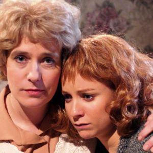 Äiti ja tytär sarjassa Alright? Alright!