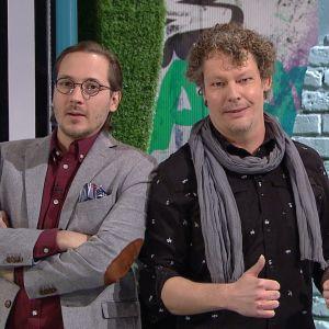 Moraalimittarin juontaja Lasse Poser ja asiantuntija Tuukka Tomperi