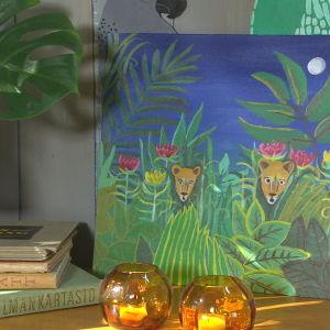 En målning med djungelmotiv
