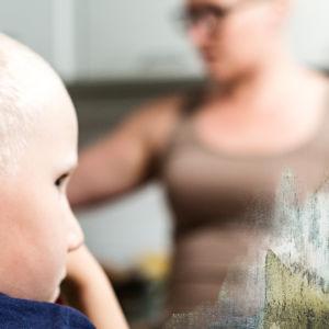 Anne-Mari Kaitemo ja poikansa Joona. Pääkuva MHL.
