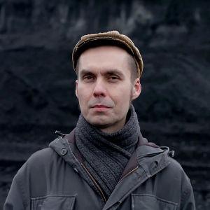 Kirjailija, esseisti Antti Nylén