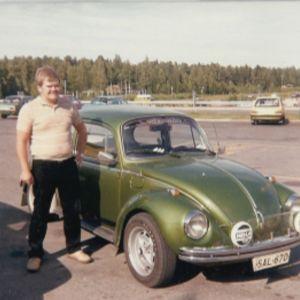 Mies ja VW Kupla 1303 S