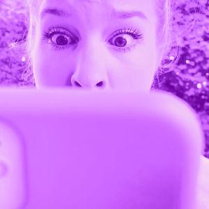 Tekstit: Sähköpostin eri kentät, Digitreenit, yle.fi/oppiminen. Kuvassa postilaatikoita.