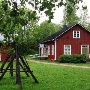 Inkoon kotiseutumuseo Gammelgården.