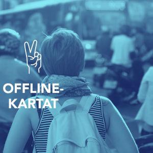 Tekstit: Offline-kartat, Digitreenit, yle.fi/oppiminen. Kuvassa paperikarttoja.