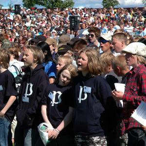 Yhteislaulutilaisuus Sulasolin Laulu- ja soittojuhlilla.