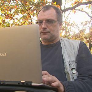 Ondřej Höppner jobbar för en ryskvänlig nätsajt.