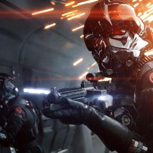 Bild från spelet Star Wars: Battlefront II som avbildar två individer i rymdhjälmar