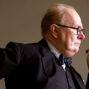 Elokuva Synkin hetki Winston Churchillista