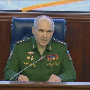 Generallöjtnant Sergej Rudskoj kommenterar attacken mot Syrien 14.4.2018.