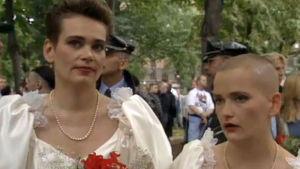 """Ett par som symboliskt """"gift"""" sig"""