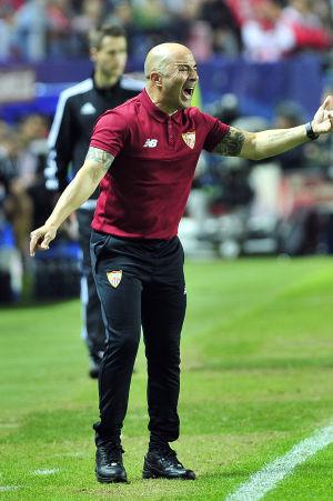 Sevilla-tränaren Jorge Sampaoli styr sina spelare