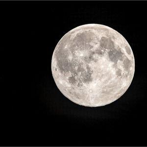 Fullmånen.