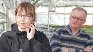 Ann-Christin Söderlund och Bengt-Erik Söderlund i sitt växthus.