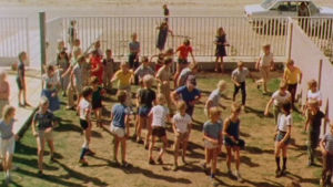Suomalaisia koululaisia Bagdadissa vuonna 1980.