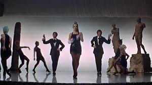 Sweet Charity. Kuvakaappaus elokuvan tanssikohtauksesta The Rich Man's Frug.