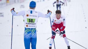 Iivo Niskanen och Emil Iversen efter sprintstafetten, VM 2017.