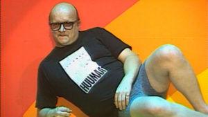 Juice Leskinen vedenneitona Lauantai-illan huumaa -sarjassa 1991