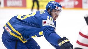 Mikael Backlund.