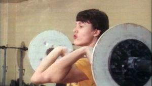 Esimerkkisuorituksia levytangolla harjoittelusta 1979.