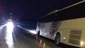 Buss i diket på Jeppovägen i Pensala.