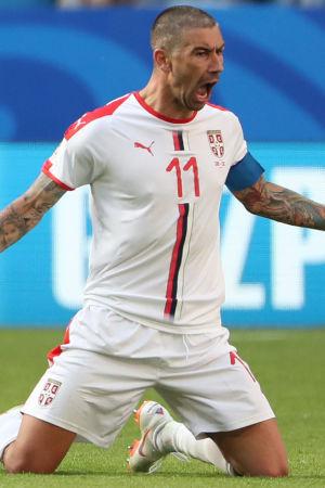 Aleksandar Kolarov jublar efter ett mål mot Costa Rica