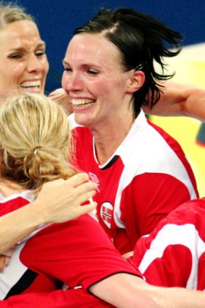Katja Nyberg firar OS-guldet 2008.