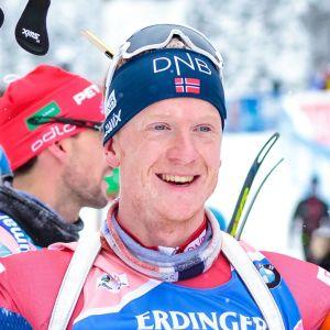 Johannes Thingnes Bö skjuter firar.