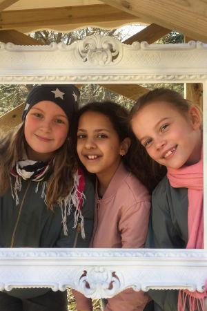 Tilda Nevaste, Samira Kanji, Isabel Ström