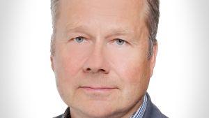 Petri Heino, projektanställd på miljöministeriet för att främja höghusbyggande i trä.