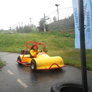 Ragnhild kör backbil i Påminne