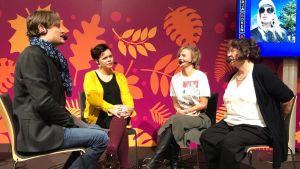 kulturdebatt på bokmässan om vilka böcker som ges ut i Svenskfinland