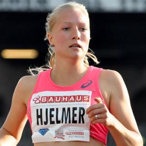 Moa Hjelmer berättade i fjol att hon blivit våldtagen av en landslagskollega i samband med en Sverigekamp.