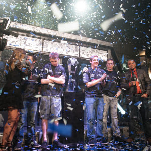 compLexity Gaming voitettuaan Call of Dutyn MM-kisat vuonna 2014