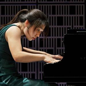 Eteläkorealainen So Hyang In Maj Lind -kilpailun alkuerässä.