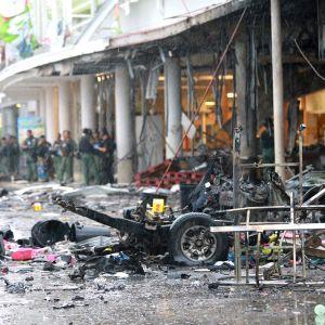 Misstänkta muslimska rebeller har utfört hundratals terrorattacker i södra Thailand, som här mot ett köpcentrum i provinsen Pattani