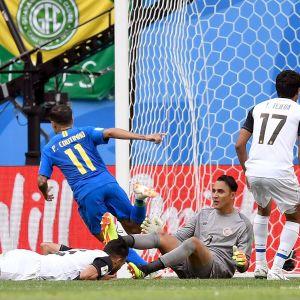 Philippe Cotinho firar segermålet mot Costa Rica i VM 2018.