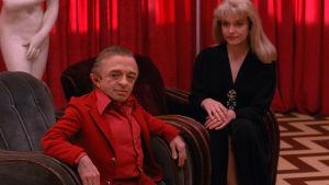 Twin Peaks -sarjan näyttelijät Michael J. Anderson ja Sheryl Lee.